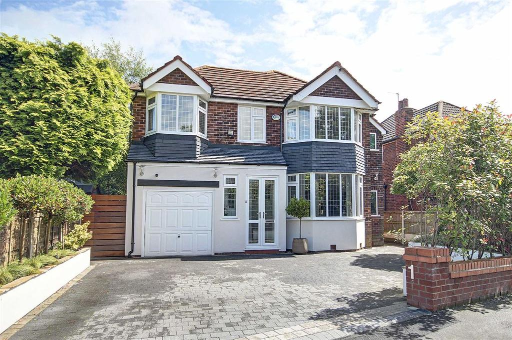 5 Bedrooms Detached House for sale in Craddock Road, Sale