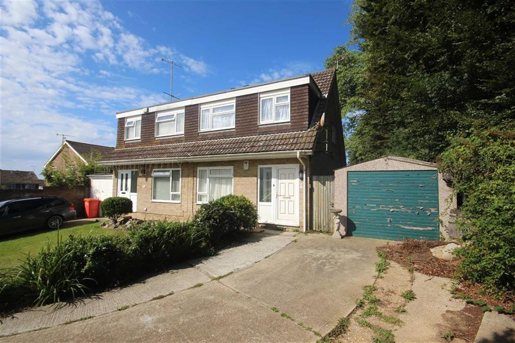 3 Bedrooms Semi Detached House for sale in Sovereign Close, Seaford