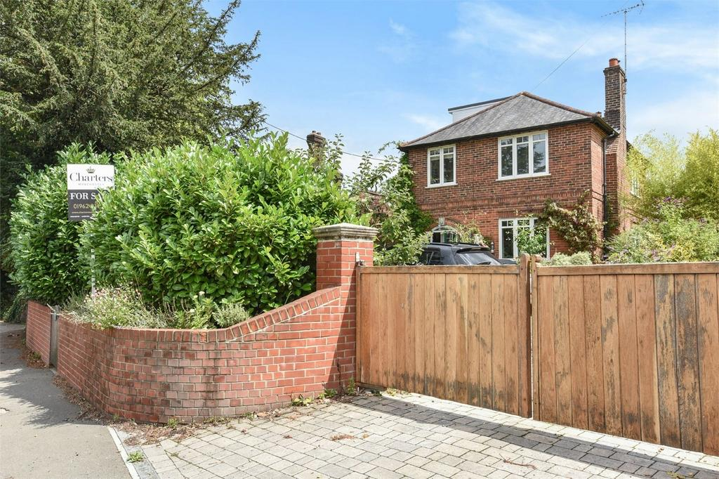 4 Bedrooms Detached House for sale in Twyford, Winchester, Hampshire