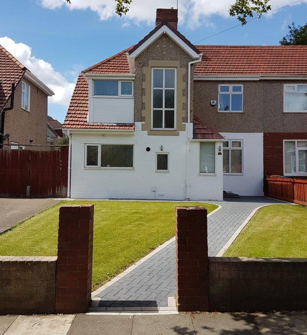 3 Bedrooms Semi Detached House for sale in STRATFORD AVENUE, GRANGETOWN, SUNDERLAND SOUTH