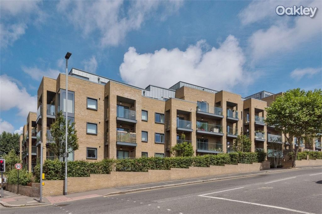 1 Bedroom Flat for sale in Park House, Goldstone Crescent, Hove Park, East Sussex