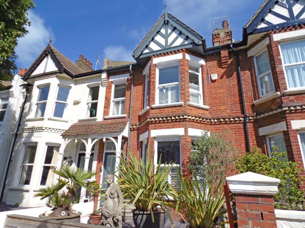 3 Bedrooms Terraced House for sale in St Leonards Road Hove East Sussex BN3