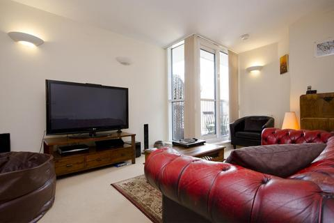1 bedroom flat to rent - Hacon Square, Richmond Road, London, E8