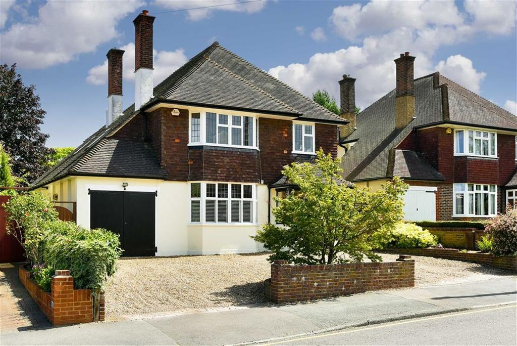 4 Bedrooms Detached House for sale in Avenue Road, Sutton, Surrey