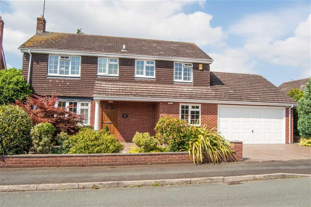 4 Bedrooms Detached House for sale in Norwood Drive, Chester, Chester
