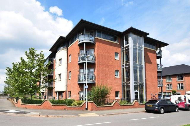 2 Bedrooms Retirement Property for sale in Vine Court,Bridgtown,Cannock
