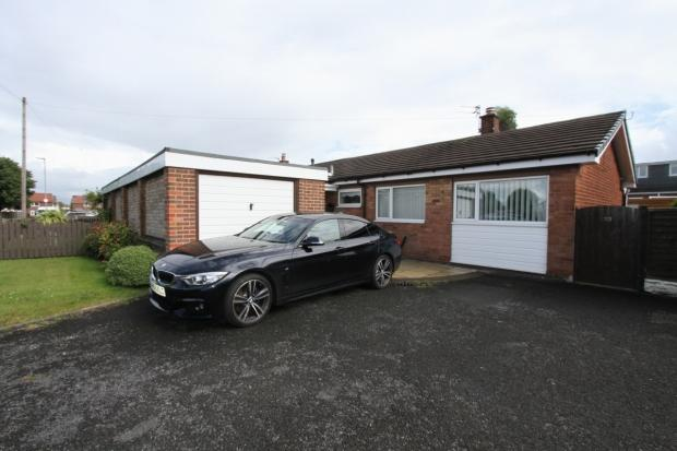 2 Bedrooms Semi Detached Bungalow for sale in Tatton Drive Ashton In Makerfield Wigan