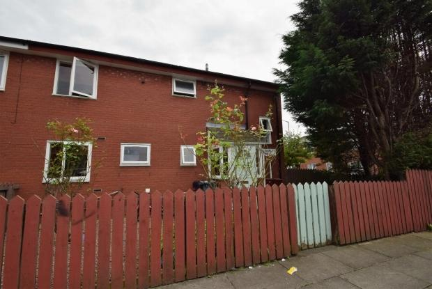 4 Bedrooms Semi Detached House for sale in Kimberley Walk Hulme. M15 Ehl Manchester