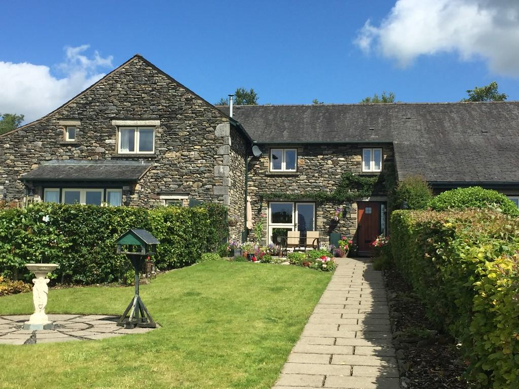 2 Bedrooms Barn Conversion Character Property for sale in 4 Kiln Croft, Skelsmergh
