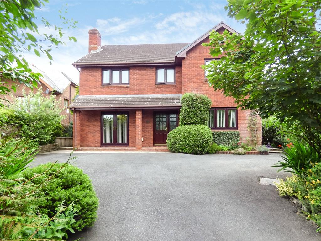 4 Bedrooms Detached House for sale in Llanyre, Llandrindod Wells, Powys