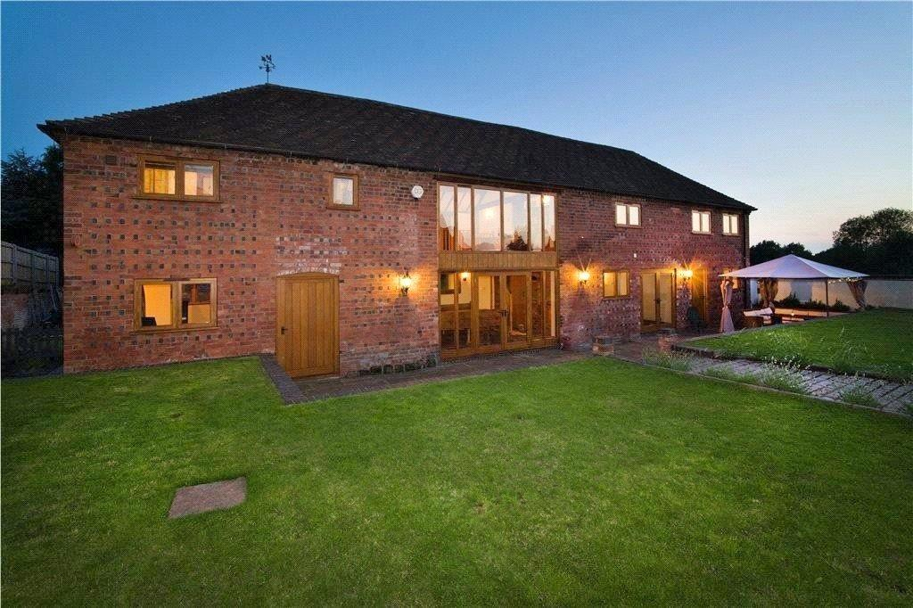 5 Bedrooms Barn Conversion Character Property for sale in Torton Lane, Kidderminster, Worcestershire, DY10