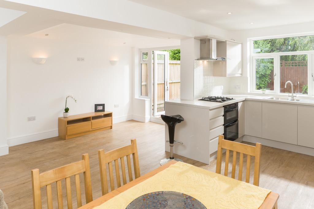 3 Bedrooms Detached Bungalow for sale in Hathaway Lane, Stratford-Upon-Avon