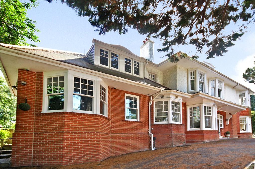 2 Bedrooms Maisonette Flat for sale in West Overcliff Drive, West Overcliff, Bournemouth, Dorset, BH4
