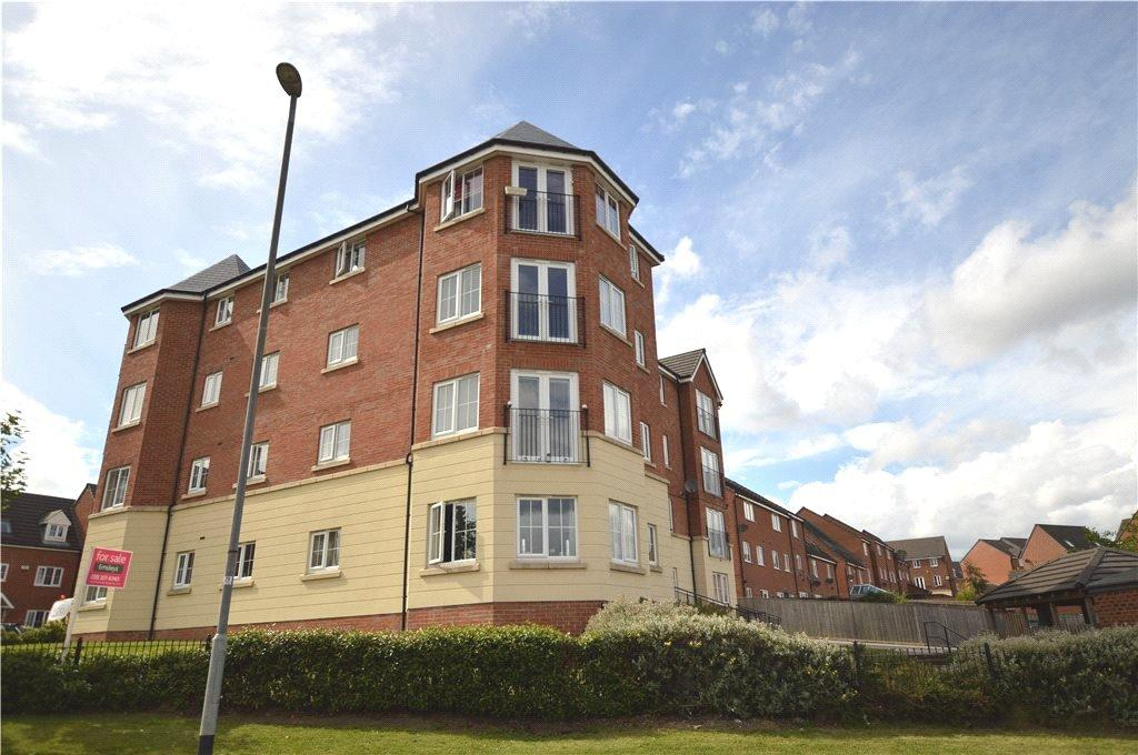 2 Bedrooms Apartment Flat for sale in Oak Drive, Leeds, West Yorkshire