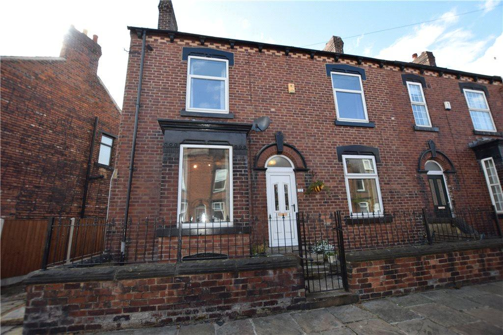 2 Bedrooms Semi Detached House for sale in Whingate Grove, Leeds, West Yorkshire