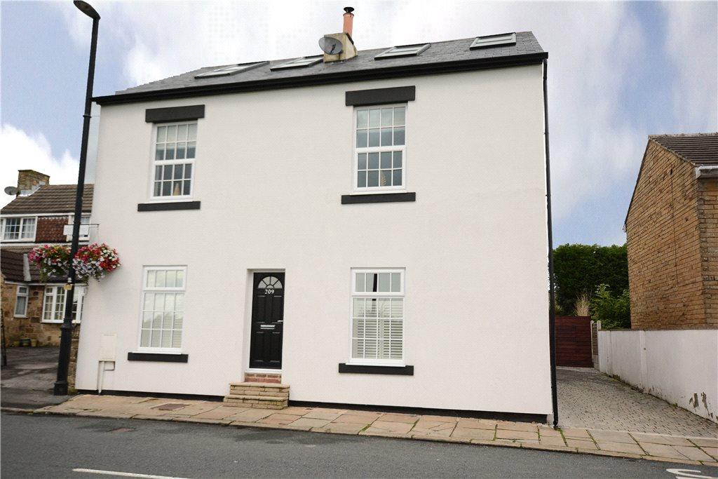 4 Bedrooms Detached House for sale in The White House, Main Street, Shadwell, Leeds