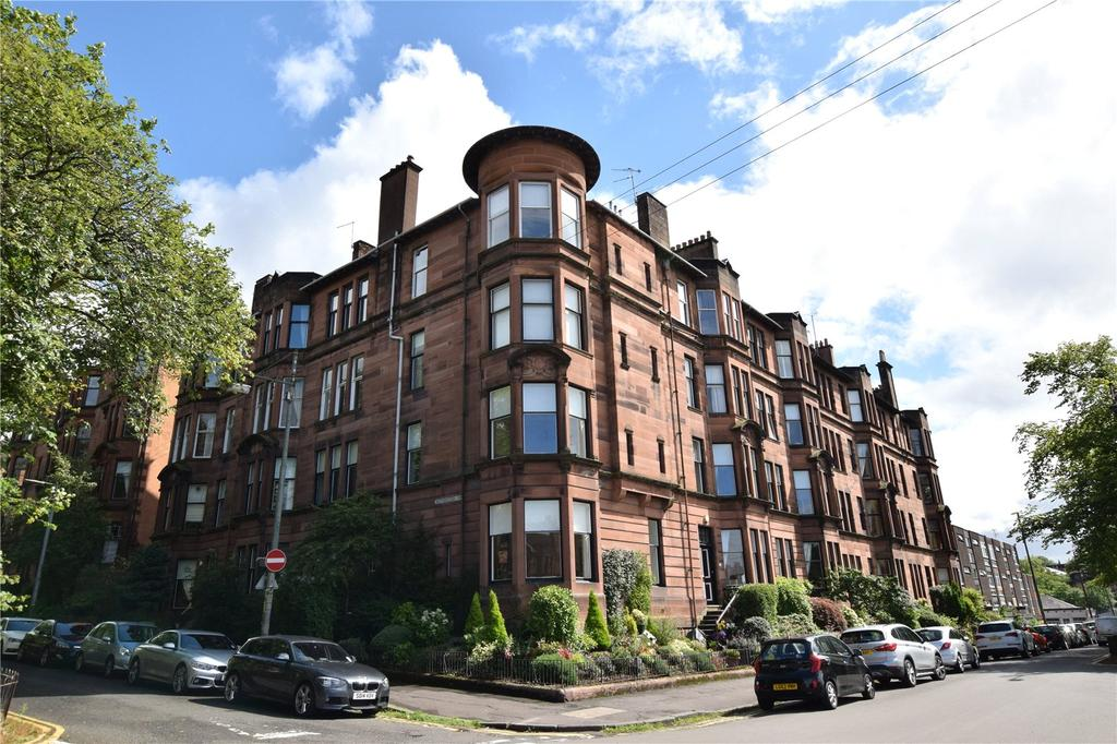 2 Bedrooms Apartment Flat for sale in 3/2, Queensborough Gardens, Hyndland, Glasgow