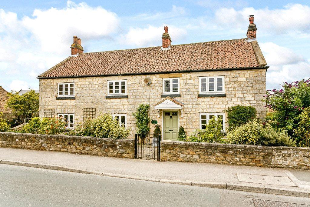 4 Bedrooms Detached House for sale in Station Lane, Burton Leonard, Harrogate, North Yorkshire