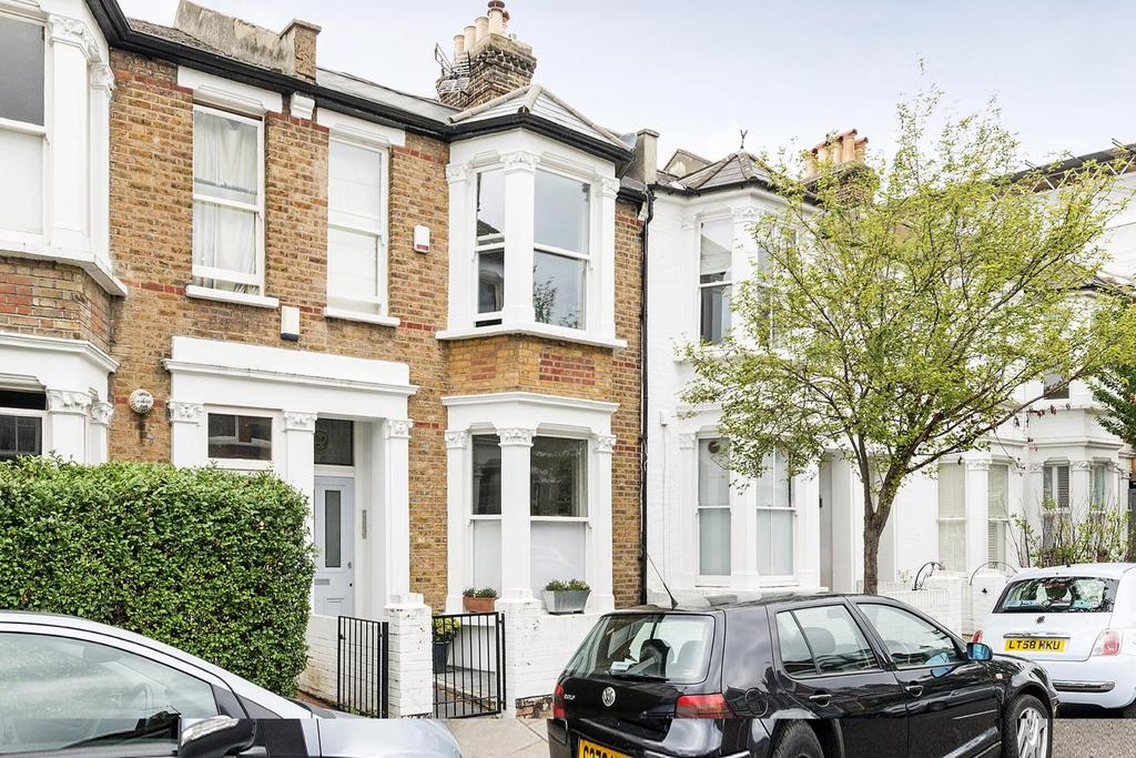 2 Bedrooms Flat for sale in Brewster Gardens, North Kensington