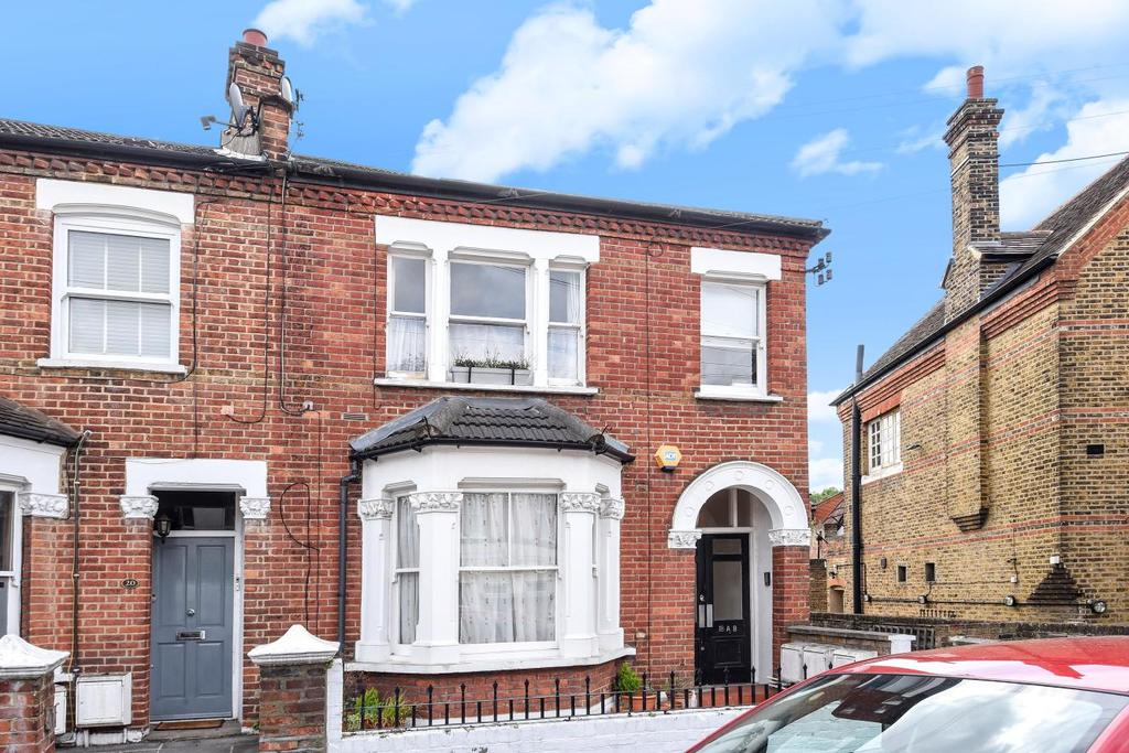 2 Bedrooms Flat for sale in Wellfield Road, Streatham