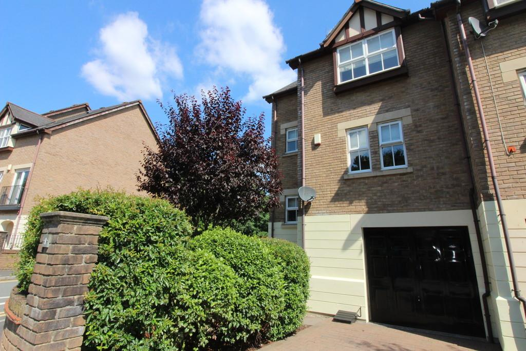 4 Bedrooms Town House for sale in Nant Y Wedal, Heath