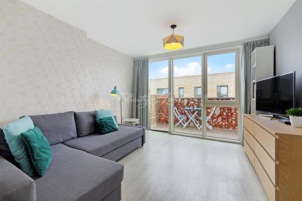 1 Bedroom Flat for sale in Blondin Way, SE16