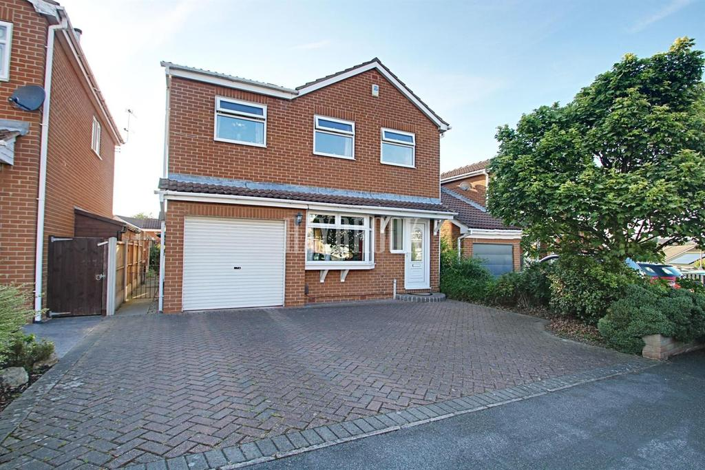 4 Bedrooms Detached House for sale in Hoober Court, Rawmarsh
