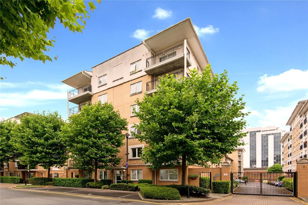 3 Bedrooms Flat for sale in Sail Court, E14