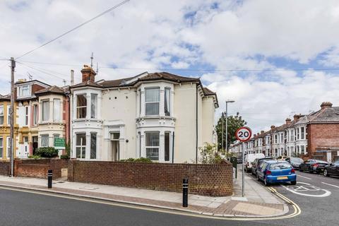 1 bedroom flat for sale - Waverley Road, Southsea