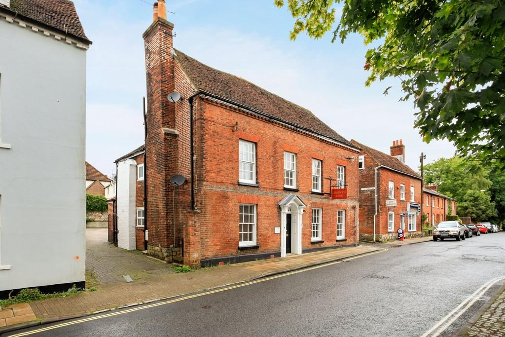 2 Bedrooms Apartment Flat for sale in Hyde Street, Winchester, SO23