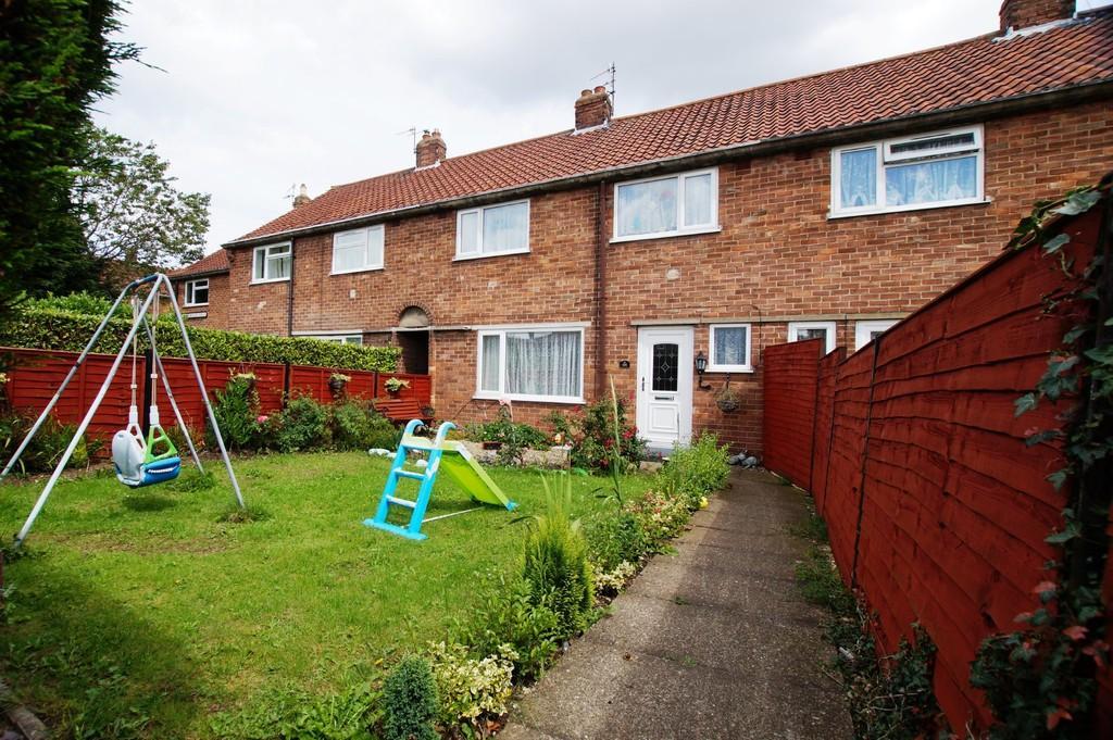 3 Bedrooms Terraced House for sale in Herdborough Road, Eastfield