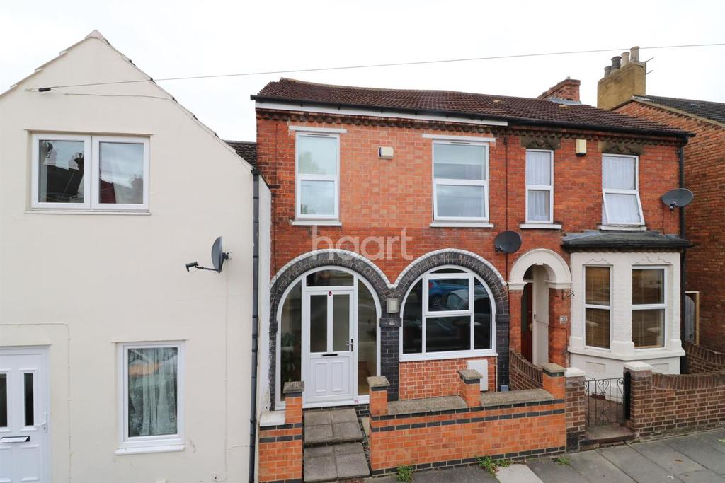 3 Bedrooms Terraced House for sale in Hartington Street, Bedford