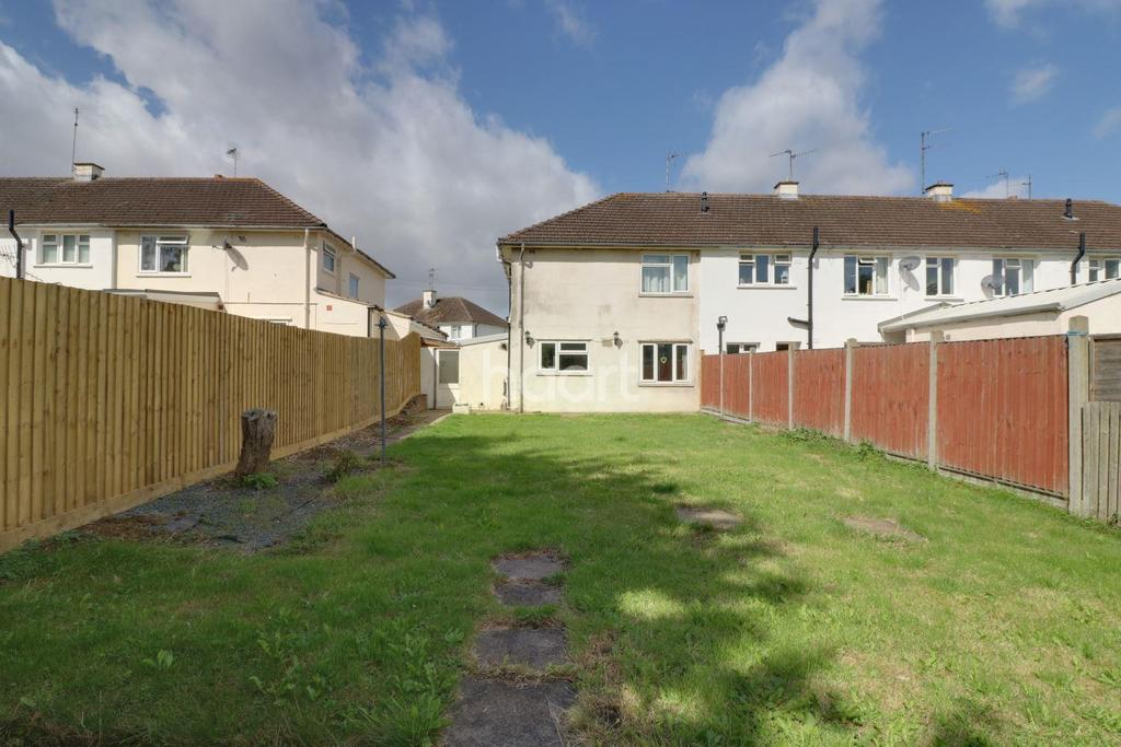 3 Bedrooms Semi Detached House for sale in Tennyson Avenue, Grantham