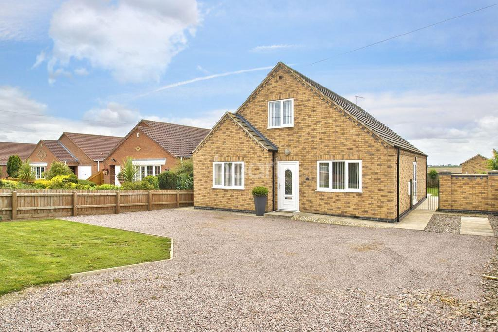 3 Bedrooms Bungalow for sale in Fen Road, Parson Drove