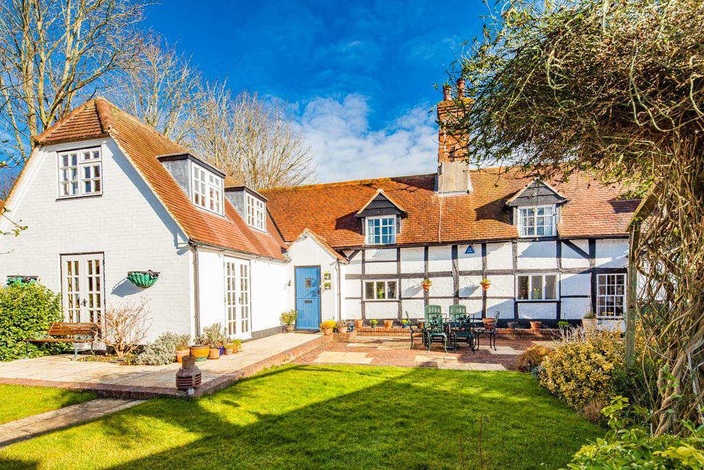 4 Bedrooms Detached House for sale in Poplar Cottage, East Ilsley, RG20
