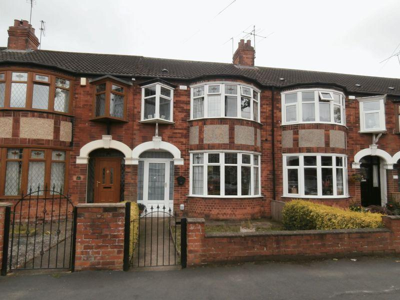 3 Bedrooms Terraced House for sale in Kingston Road, Willerby