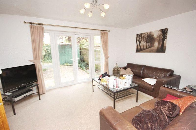 4 Bedrooms Town House for sale in Broughton Lane, Salford