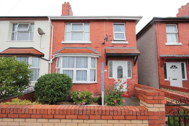 3 Bedrooms Semi Detached House for sale in Buckley Avenue, Rhyl