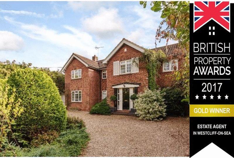 5 Bedrooms Detached House for sale in School Road, Downham