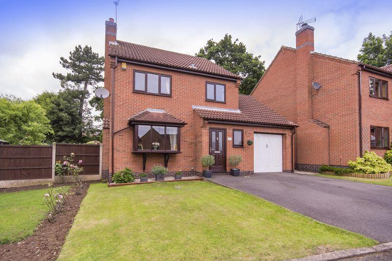 3 Bedrooms Detached House for sale in STONESBY CLOSE, OAKWOOD