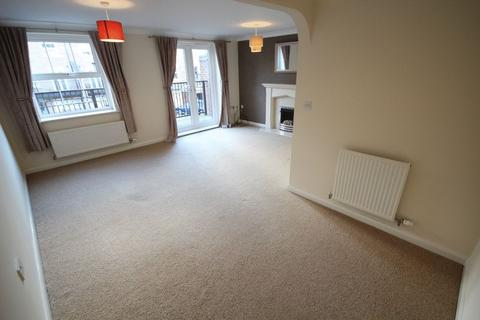4 bedroom terraced house to rent - AVALON DRIVE, CHELLASTON