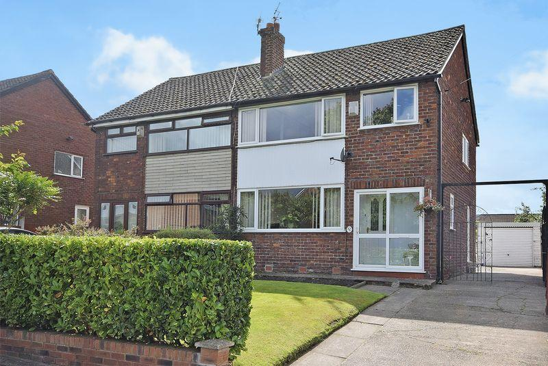 3 Bedrooms Semi Detached House for sale in Smithy Lane, Widnes