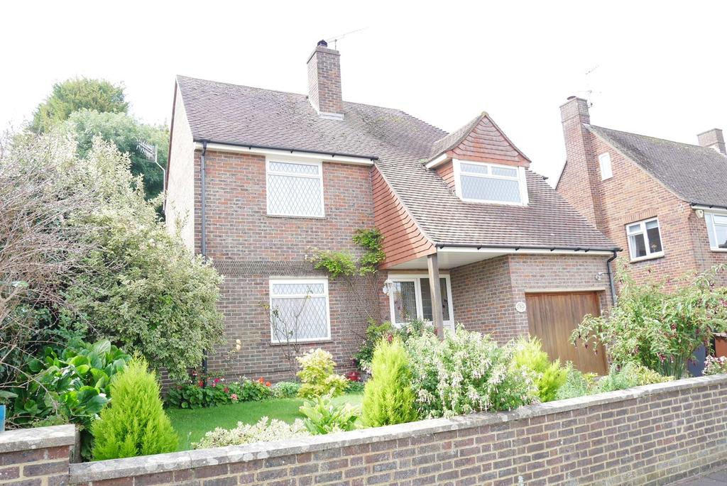3 Bedrooms Detached House for sale in Framfield Way, Eastbourne, BN21