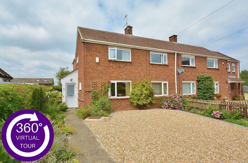 4 Bedrooms Semi Detached House for sale in Marsh End, Tetsworth
