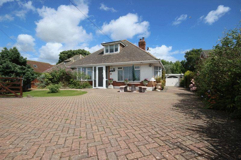 3 Bedrooms Detached Bungalow for sale in CHRISTCHURCH BURTON