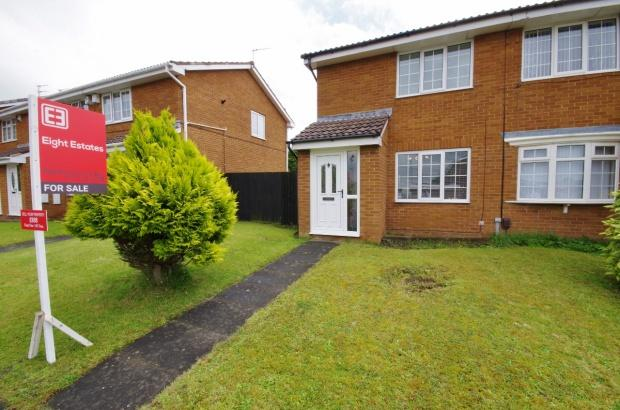 2 Bedrooms Semi Detached House for sale in Helmesley Court, Witherwack, SR5