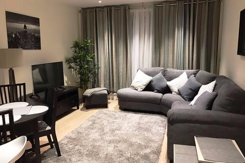 2 bedroom apartment to rent - Sopwith Way, London, SW11