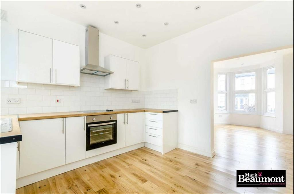 2 Bedrooms Flat for sale in Albacore Crescent, Lewisham, London