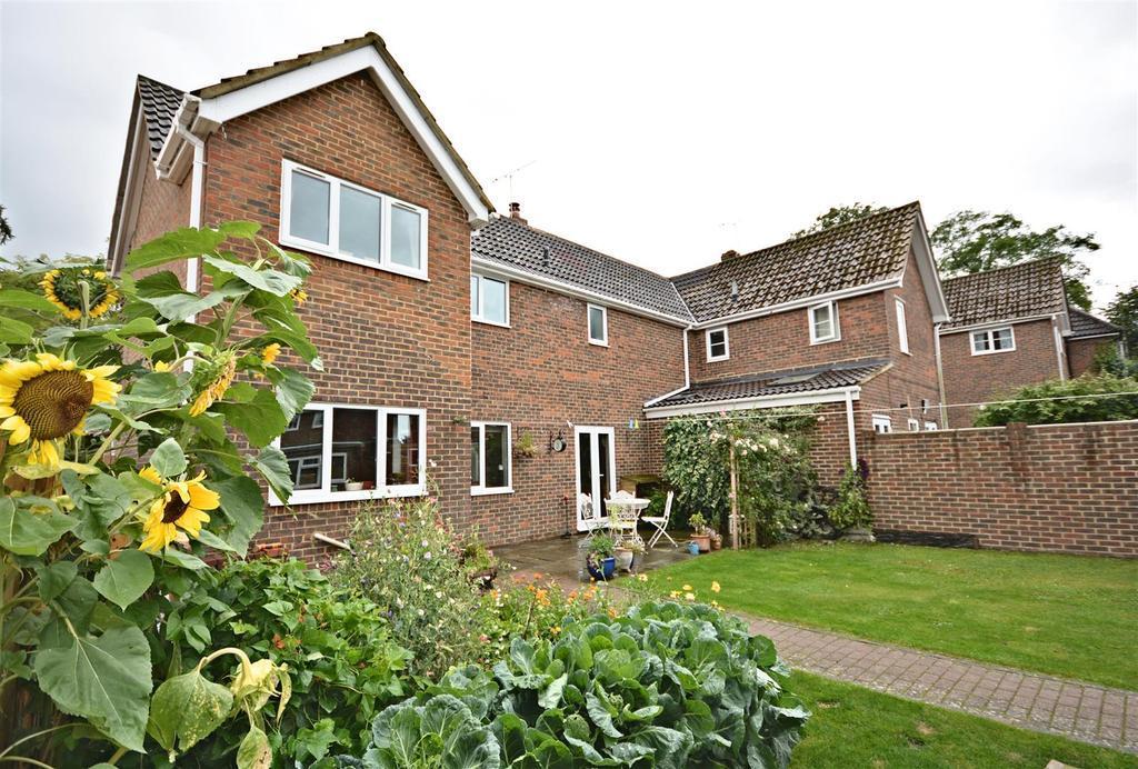 3 Bedrooms Semi Detached House for sale in George Hill, Robertsbridge
