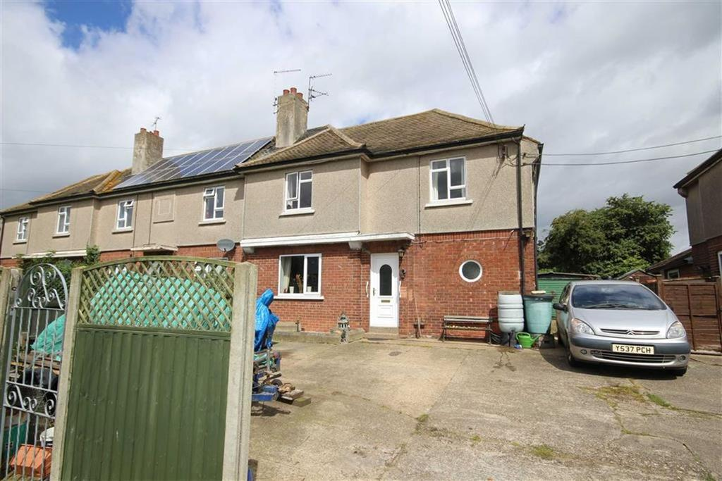 3 Bedrooms Semi Detached House for sale in Lincoln Road, Fenton, Lincoln, Lincolnshire